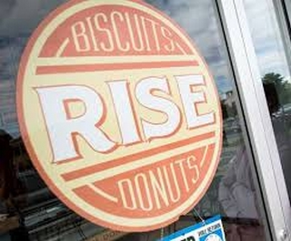 Rise Biscuits & Donuts Logo